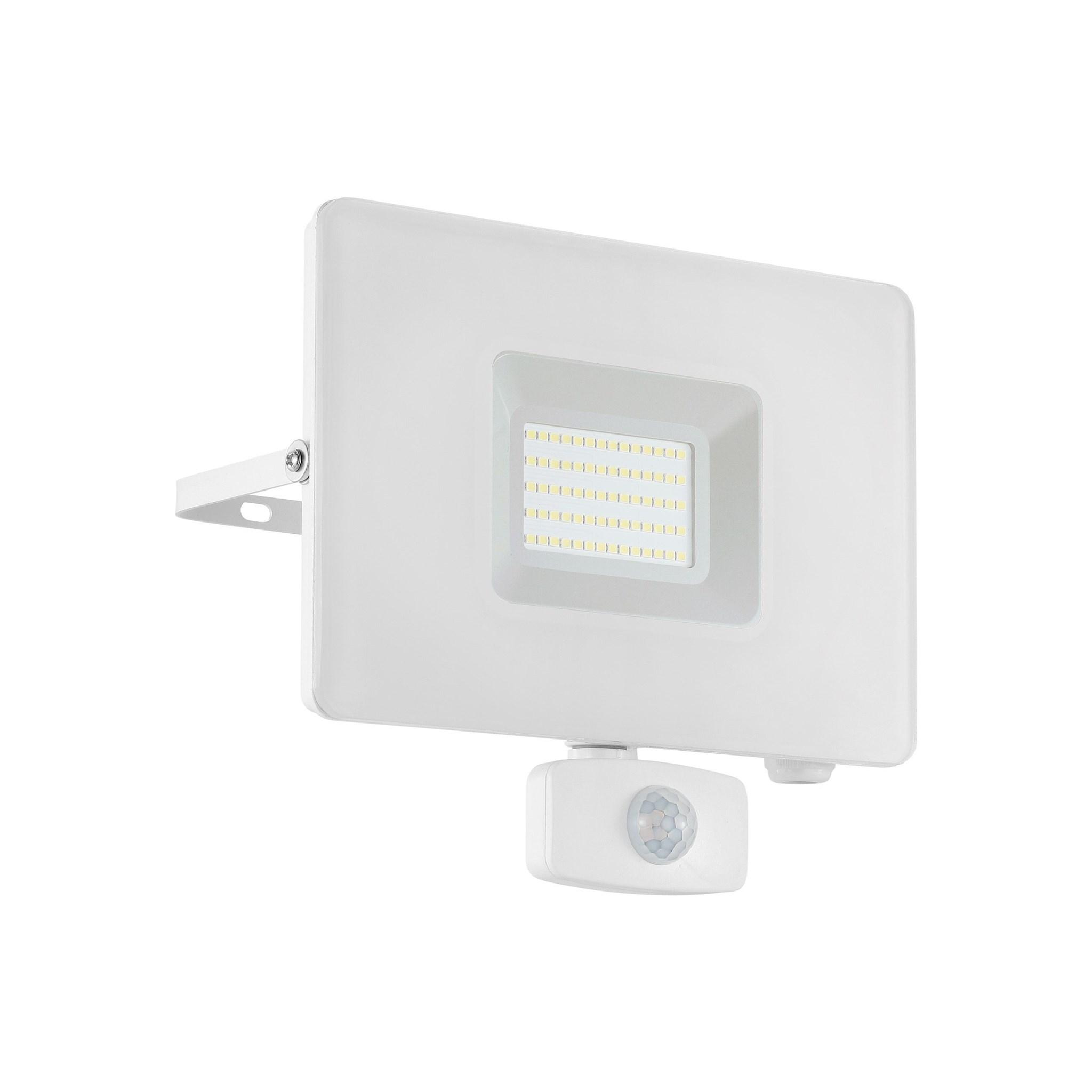 Kober. LED Flutlichtstrahler FAEDO 3 weiß 50W 4.800